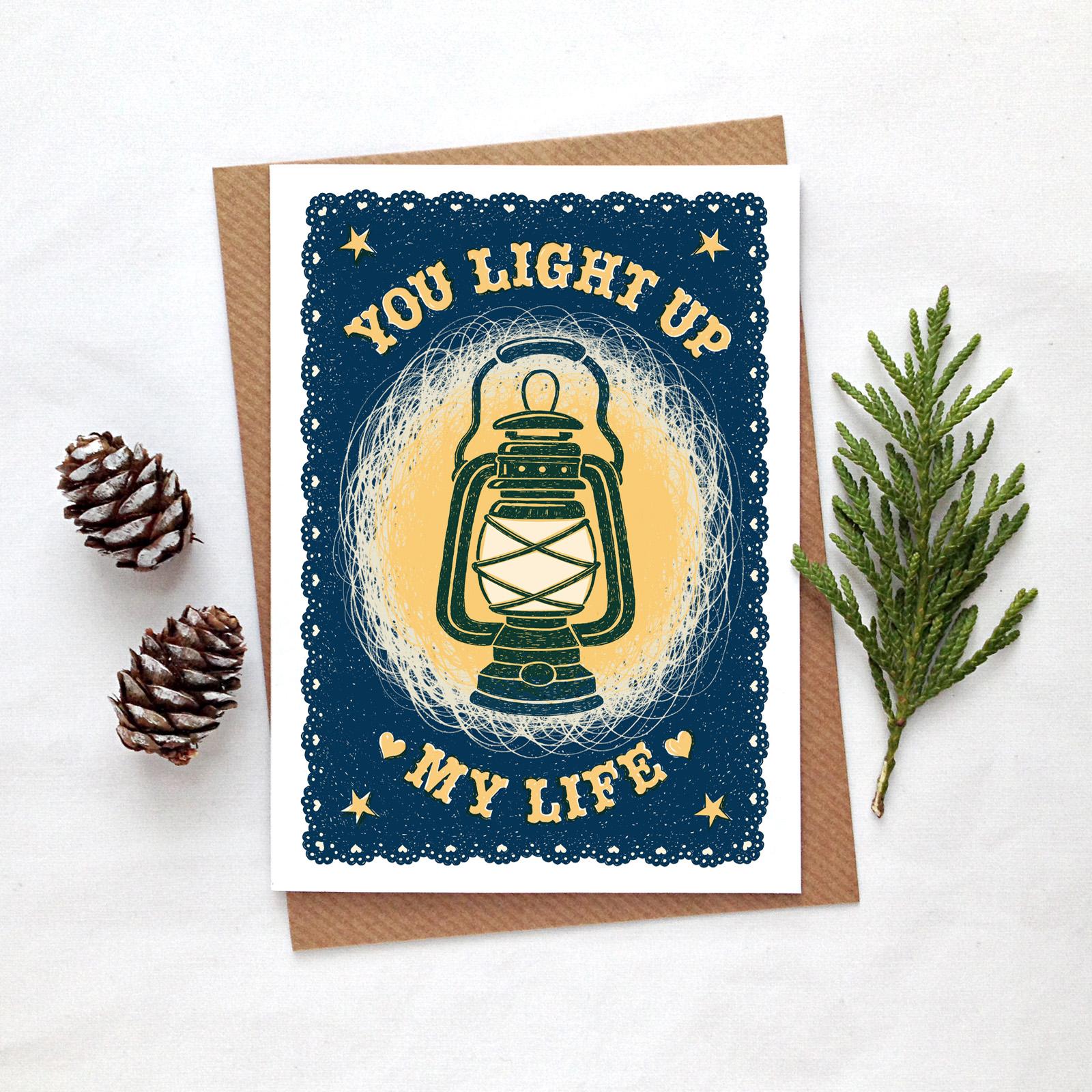lightup.card.fircones